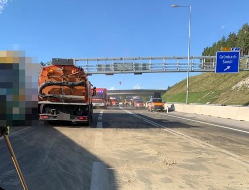 S 10 – Fahrbahnverunreinigung durch auslaufenden Treibstoff, am 26.08.2020